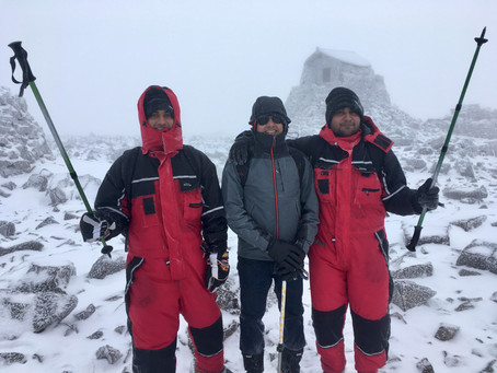 Very wintery day on Ben Nevis on Saturday. Snow down to 1000m and a cold wind.