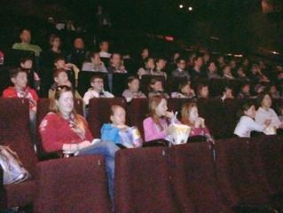 SZSO Trst v kinu