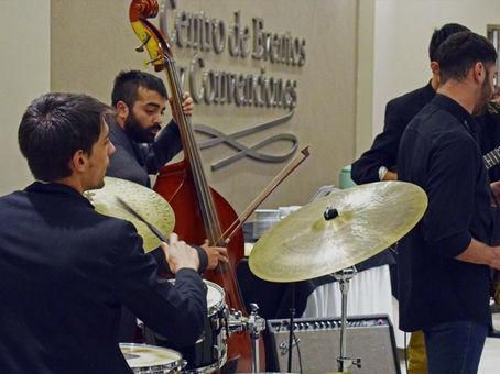 """""""June Quartet"""" se presentó en el espacio de expresiones artísticas de IgualDar"""