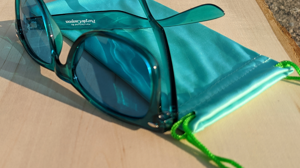 Chromotherapy Glasses in Aqua (Relaxed) with Aqua Soft Pouch