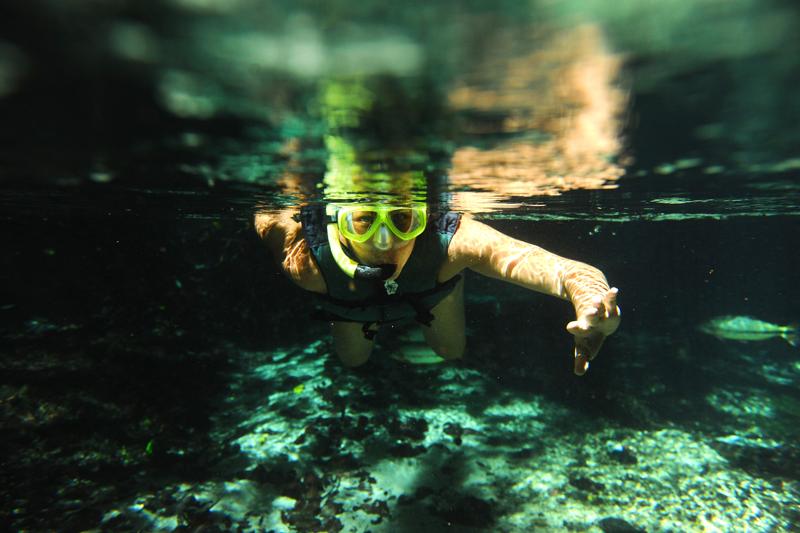 Bala flutuando no Rio Triste - Bom Jardim - MT