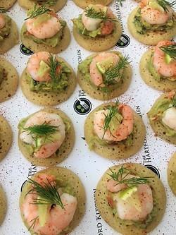 Blinis; prawn & guacamole