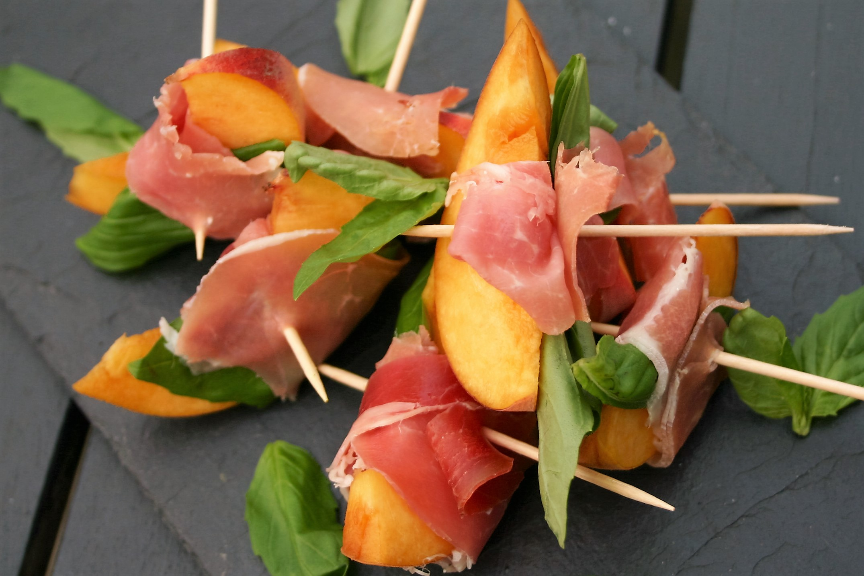 Peach, ham & basil skewers
