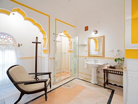 Guest Bathroom 2 .jpg