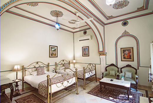 Standard Room 3-001.jpg