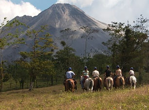 arenal-horseback-riding.jpg