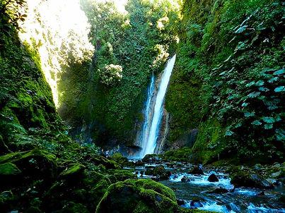 El Silencio Lodge Waterfall