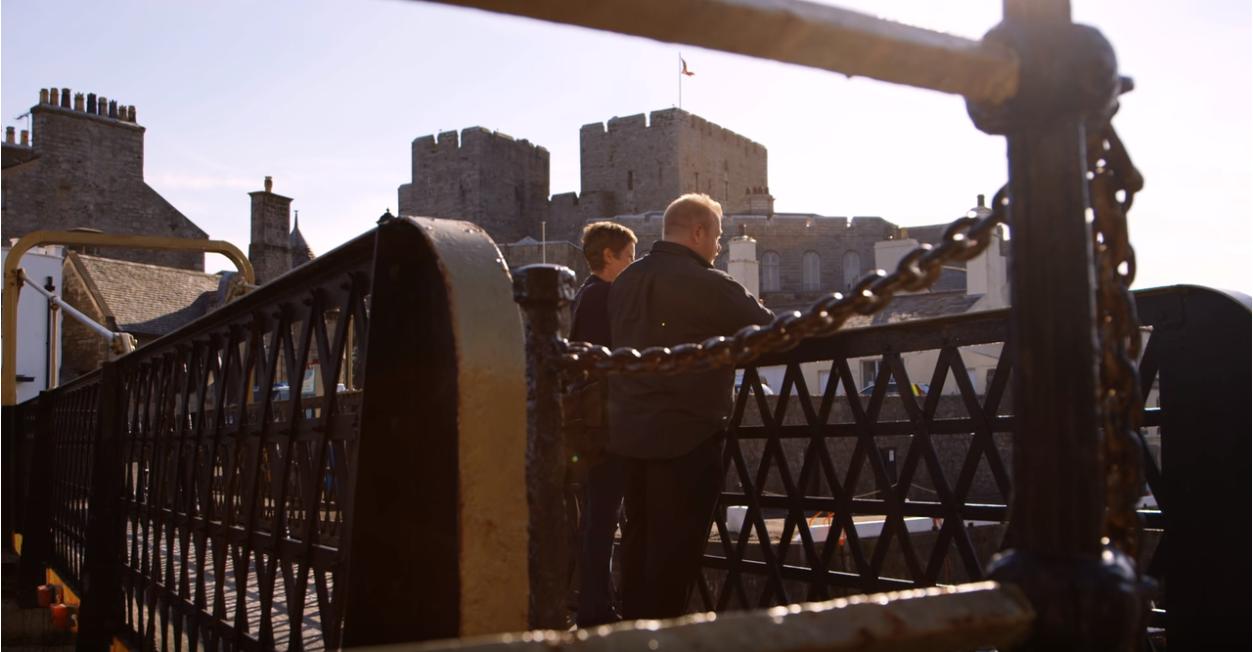 bridge castle.png