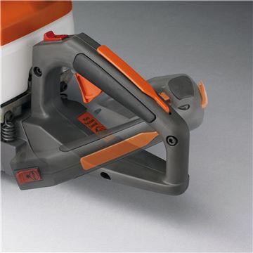 Adjustable rear handle