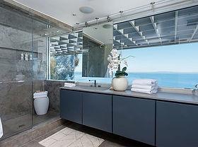 beachhouse bath.jpg