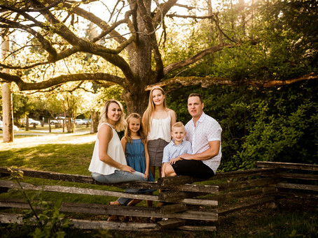 GOLDEN HOUR FAMILY SESSION | DERBY REACH PARK