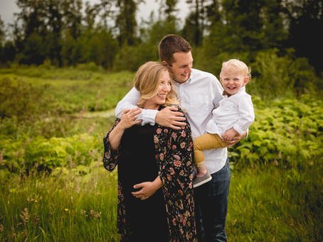 PITT LAKE MATERNITY & FAMILY SESSION {MAPLE RIDGE LIFESTYLE PHOTOGRAPHER}