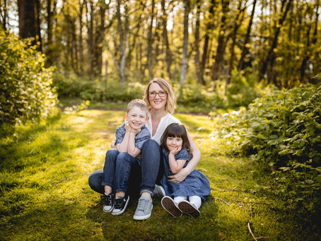 AMY'S ADORABLE MOTHERS DAY SESSION {MAPLE RIDGE  PHOTOGRAPHER}