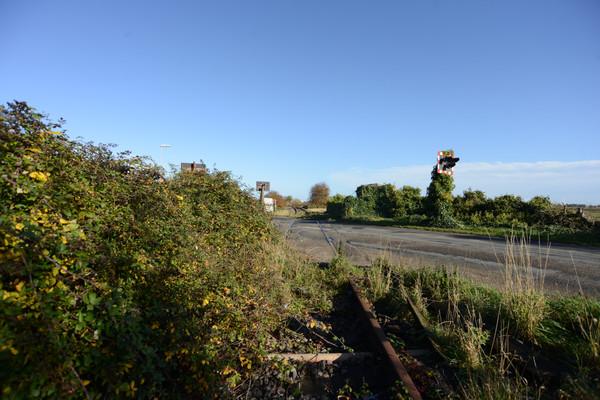 B1101 elm road crossing