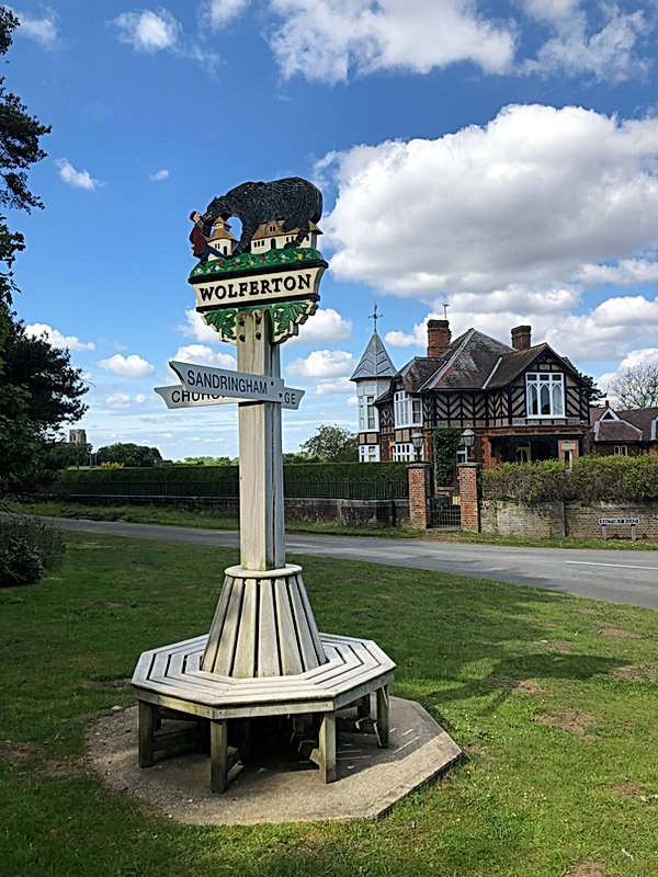 wolferton village sign
