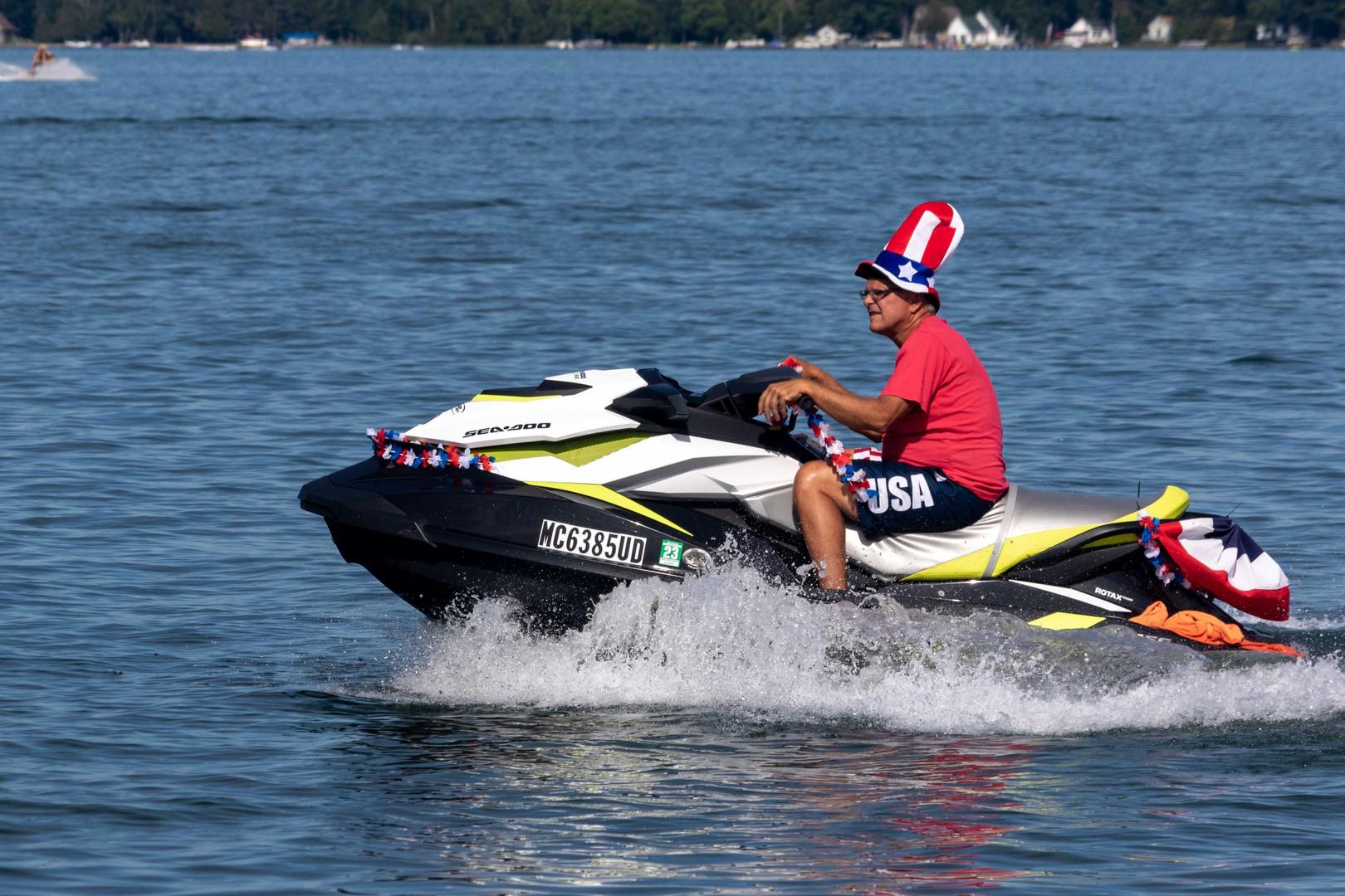WT Boat Parade-2.jpg