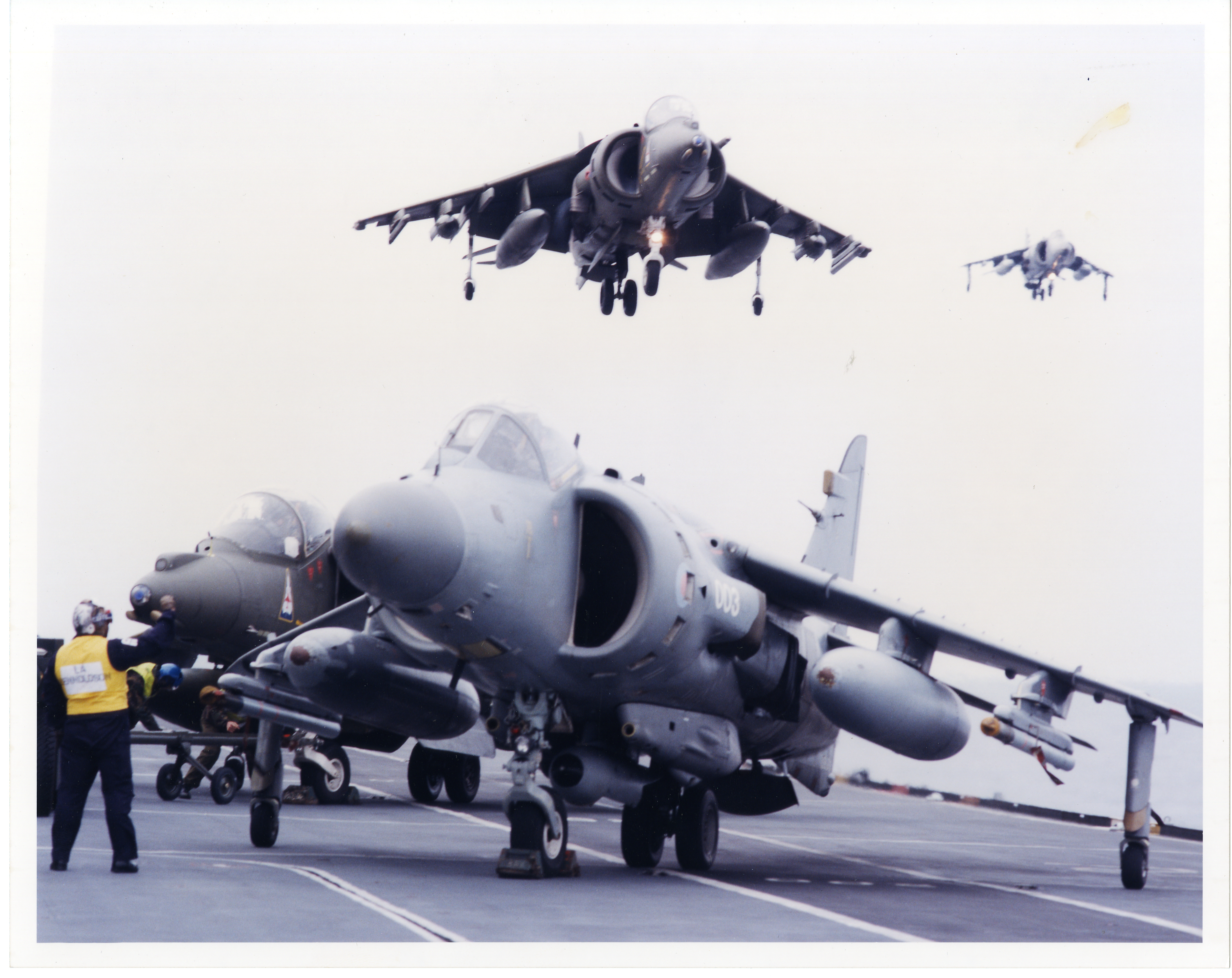 96-3-8-Harriers on deck