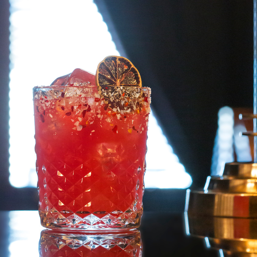 £5 COCKTAILS EVERY WEDNESDAY & THURSDAY