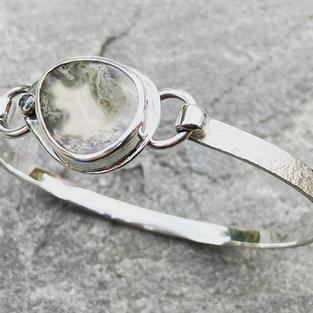 SOLD - MOSS AGATE AND STERLING SILVER TENSION BRACELET