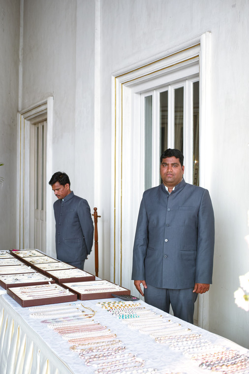 Jewellery sellers at Falaknuma Palace, Hyderabad, for Tank