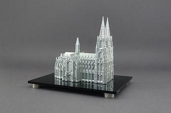 3D Druck, additive Fertigung, Modellbau, Serienfertigung, Carbon 3D Druck, FDM, SLS, SLA, DLP, Fräsen Wasserschneiden, Lackierung, 3D Scan, 3D Druck Köln