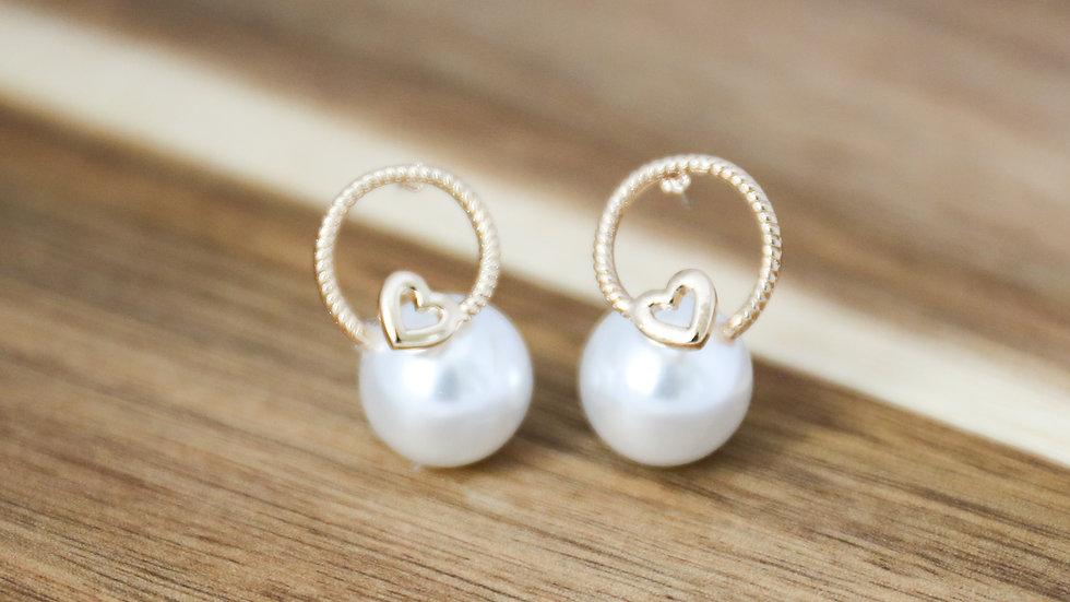 Boucles d'oreilles perles avec anneaux coeur
