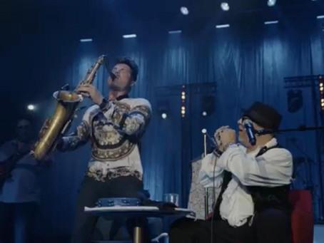 """""""Elvis no Sax!"""" by Paulo Gonzo"""