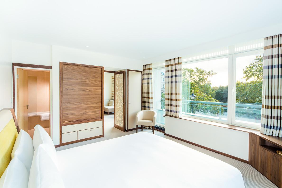 Park Suite bedroom.jpg