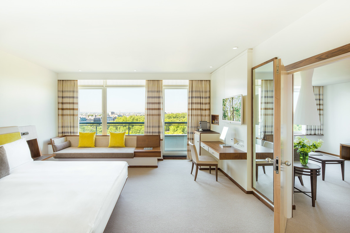Metropolitan Suite bedroom main.jpg