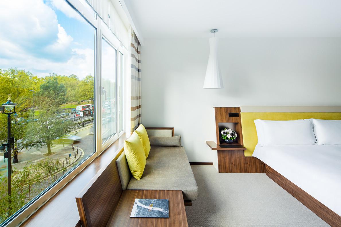 Met Room 2.jpg