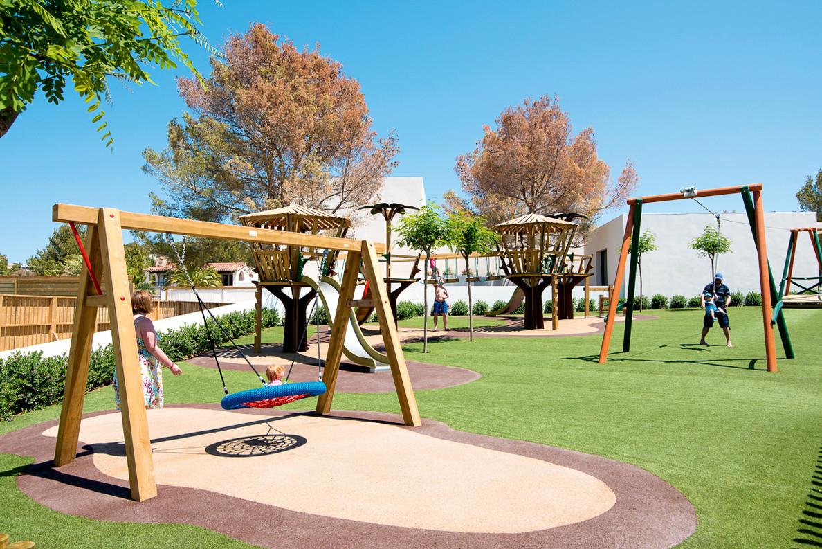 play outdoors.jpg