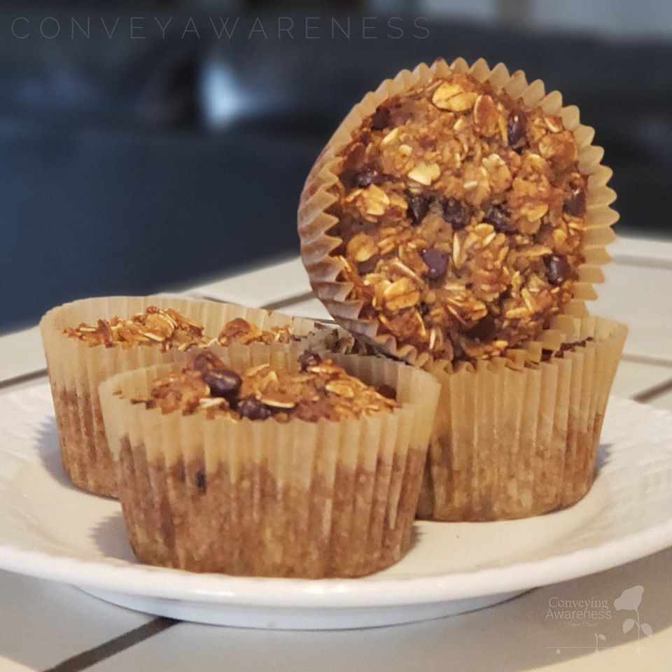 Gluten-free, dairy-free baked oatmeal recipe with cacao
