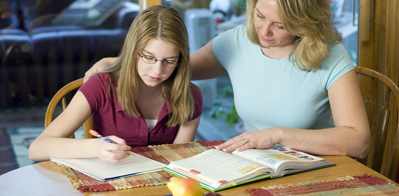 O estudo envolveu 2.002 pais e responsáveis de alunos de 4 a 17 anos (Foto: Divulgação)