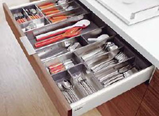 Upgrading your kitchen bin and cutlery organisers