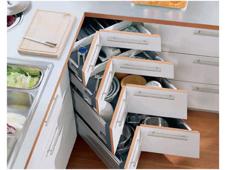 Blum corner drawers - advantages vs disadvantages