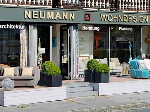 Gemeinschaftsausstellung OUTSIDE mit Sandra Kolondam bei Neumann Wohndesign