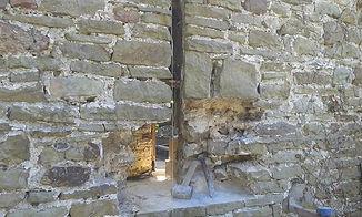 stonemasonry widow