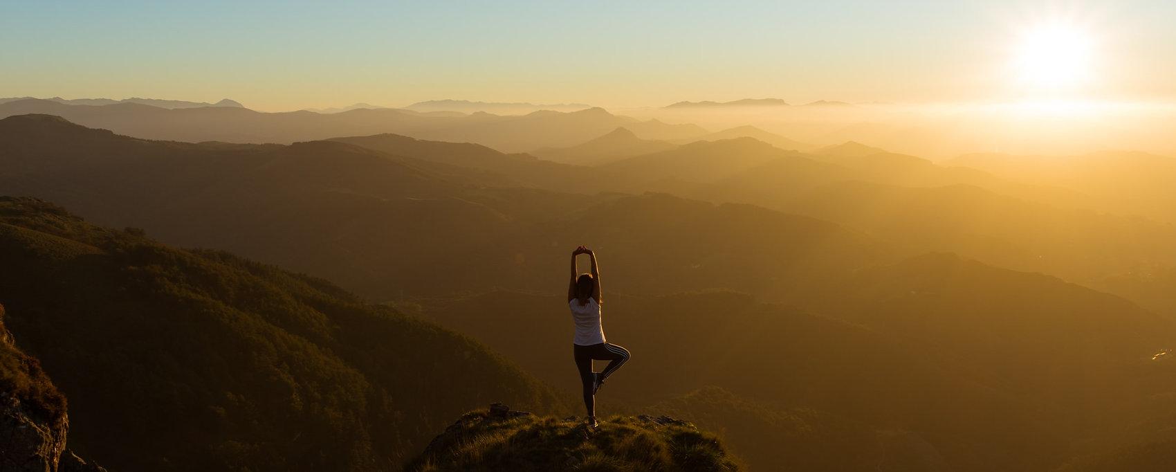 Yoga-Reisen - eneko-urunuela-I2YSmEUAgDY