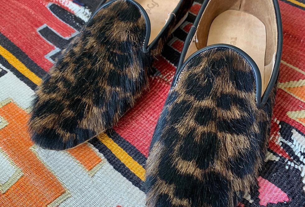 Zapato Slipper Pelo Print