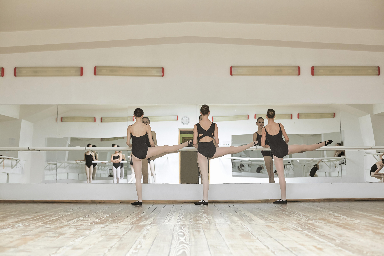 THURSDAY PM Ballet
