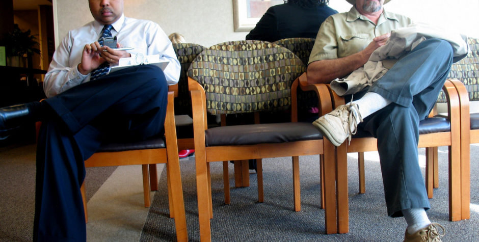 how-to-improve-hospital-waiting-rooms-94