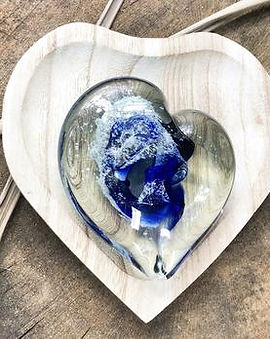 paperweight heart_dark_blue_outside_crop