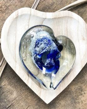 paperweight heart_dark_blue_outside_crop