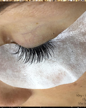 Lashes images.png