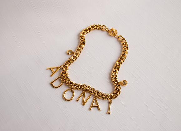 Chocker corrente dourado, com  letras