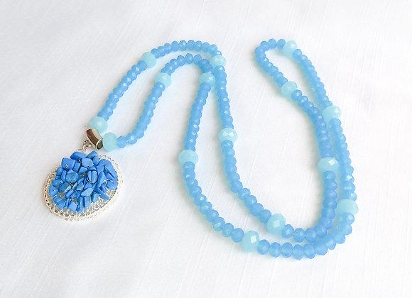 Colar Pingente croche banho prata e holwita azul
