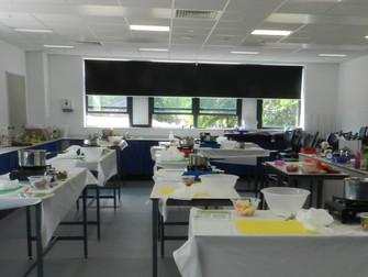 Children's cookery classes in schools