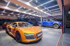 Glassroom garage