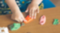 Child-molding-playdoh-ThinkstockPhotos-5
