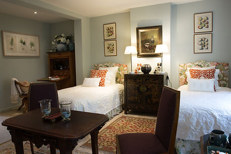 TWO ROOMS-4233.jpg